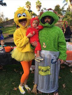 Family Halloween Costumes | Sesame Street | Big Bird | Elmo | Oscar the Grouch Baby Ewok Costume, Baby Owl Costumes, Cute Baby Halloween Costumes, Toddler Costumes, Family Halloween Costumes, Boy Costumes, Halloween Kids, Costume Ideas, Zombie Costumes