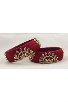 Order Fancy Handmade Maroon Color Silk Thread Customized Patla Set Online from SareesBazaar at best prices in India Thread Bangles Design, Silk Thread Bangles, Party Wear Kurtis, Bridal Bangles, Gowns For Girls, Off White Color, Bangle Set, Maroon Color, Saree Collection