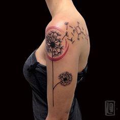 Soggetti inflazionati? Non è il soggetto a fare un tattoo banale. L'interpretazione è tutto. Grazie Lisa  #tattoo #alternativetattoo #sketchtattoo #abstracttattoo #thinkbeforeuink #tattooed #tattooer #tattooersubmission #tattooartist #TattooistArtMagazine #lucabraidottitattoo #coldstreet