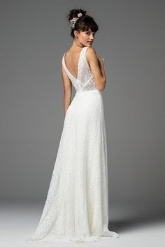 Shop designer bridal gowns like the Brighton Style dress by Willowby and other bridal accessories at Blush Bridal. Ethereal Wedding Dress, Classic Wedding Dress, Brighton, Bridal Gowns, Wedding Gowns, Modest Wedding, Wedding Venues, Wedding Silhouette, Vintage Stil