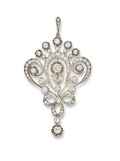 RUSSIAN ANTIQUE DIAMOND PENDANT/BROOCH