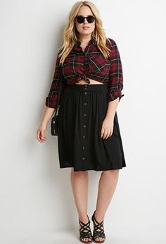 How to wear a plus size skirt with buttons