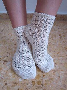 Ravelry: Des Chaussettes Intemporelles - Timeless Lace Socks pattern by Kitalpha The Secret Explorer Knitted Socks Free Pattern, Knitting Patterns Free, Knitting Socks, Crochet Patterns, Knit Socks, Crochet With Cotton Yarn, Crochet Yarn, Lace Socks, Patterned Socks