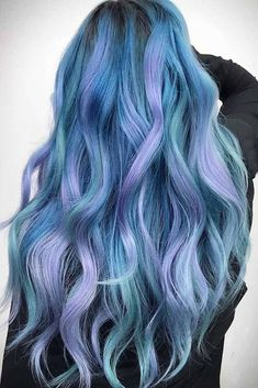 Blue ombre hair color trend in trendy hairstyles and colors 201 Hair Dye Colors, Ombre Hair Color, Cool Hair Color, Blue Ombre, Ombre Hair Dye, Ombré Hair, Dye My Hair, Hair Bow, Pelo Multicolor