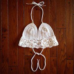 cozycreativecrochets:: Adjustable tie back!! link in bio Made to order  less than $25 #fashion #style #mystyle #mylook #stylish #crochet #crochettop #crochetcroptop #crochethalter #crochetbralette#summer #spring #summerfashion #gypsy #hippie #hippy #coachella #festival #festivalseason #boho #bohemian #sexy #hot #girl #women #fitgirl #insta #instagram  #comment