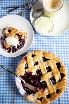 blueberry pie yum yum yum