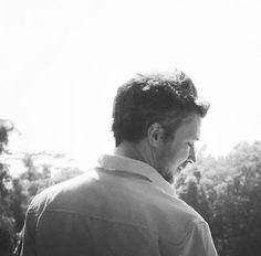 Even the back of him is pretty tf . Petyr Baelish, Aidan Gillen, Couple Photos, Pretty, Art, Couple Shots, Art Background, Kunst, Couple Photography