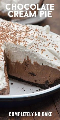 This Chocolate Cream Pie is completely no bake and egg free! The thick rich chocolate filling has an Oreo crust and a homemade whipped cream topping. It's the BEST chocolate pie recipe! Chocolate Mousse Pie, Chocolate Pie Recipes, Chocolate Pies, Baking Chocolate, Chocolate Curls, Chocolate Pudding, Nutella Recipes, Homemade Chocolate Pie, Chocolate Pie Filling