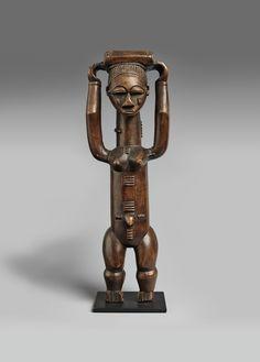 Ivory CoastAN ATTIE FIGURE, Auction 1054 African and Oceanic Art, Lot 10