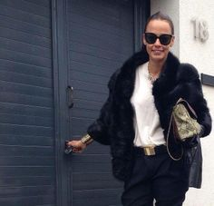 Casual Chic, Fur Coat, Bomber Jacket, Classy, Style Inspiration, Celebrities, My Style, Womens Fashion, How To Wear