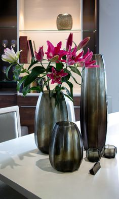 TOP 3 benefits of GUAXS interior accesories ►Timeless design, which does not underlie any fashion-trend ►Limitless compatibility with various interior design styles – from elegant classics to modern minimalism ►Premium quality and natural, highly-sustainable material Interior Decorating, Interior Design, Vase, Design Styles, Home Decor Inspiration, Timeless Design, Beautiful Homes, Minimalism, Contemporary Art