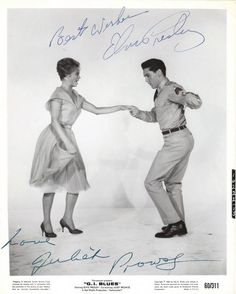 Elvis with Juliet Prowse Elvis Presley Family, Elvis Presley Photos, The Music Man, King Of Music, Hollywood Actor, Classic Hollywood, Are You Lonesome Tonight, Blues, John Lennon Beatles