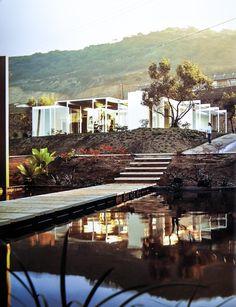 1959-60 Case Study House 23 - Triad   Architects:Killingsworth, Brady & Smith  Rue de Anna, La Jolla -Via