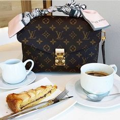 ❤️ Louis Vuitton Metis Pochette 0 Hakiki Vejital Deri✔️ #fashion #style #stylish #love #androhaber.net #me #cute #photooftheday #nails #hair #beauty #beautiful #instagood #pretty #swag #pink #girl #girls #eyes #design #model #dress #shoes #heels #styles #outfit #purse #jewelry #shopping #glam http://www.butimag.com/fashion/post/1468244107969118620_1527592516/?code=BRgQDyzD0Gc