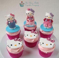 Hello Kitty Cupcakes - Cake by The Clever Little Cupcake Company (Amanda Mumbray)