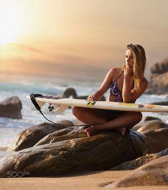 Surfing the sykline by Joan_Le_Jan