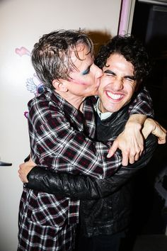"""""""After the show, John Cameron Mitchell gives new Hedwig headliner Darren Criss a smooch. Off Broadway Shows, Musical Theatre Broadway, Darren Criss, John Cameron Mitchell, Theatre Geek, Theater, Popular People, The Great White, Hedwig"""