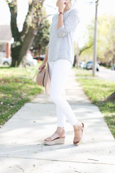 espadrille wedges, fedora, gray tee, white jeans