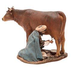 Farmer milking cow By Angela Tripi Christmas Nativity Scene, A Christmas Story, Christmas Carol, Modelos 3d, Free To Use Images, Farm Toys, Italian Artist, Wood Carving, Paper Flowers
