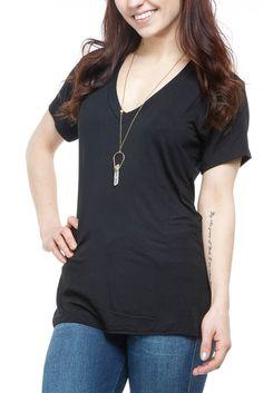 Joah Brown Classic V-Neck in Black