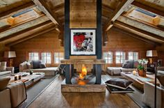 Koti Alpeilla - Keltainen talo rannalla