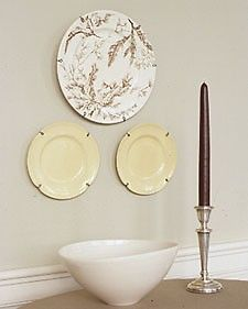 Wire Plate Hangers  sc 1 st  Pinterest & DIY plate hangers | Add it to the To-Do List | Pinterest | Plate ...