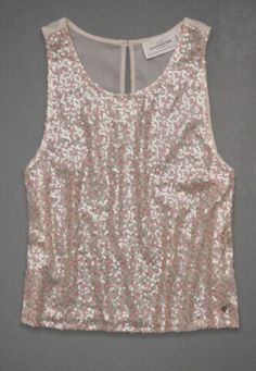 Beautiful all-over floral print with shine detail, sparkling sequin detail at yoke, keyhole detail at back, Easy Fit, Vintage Abercrombie Wash, Imported (Created to Ambercombie & Fitch)