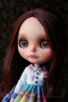 Sophie by AlmondDoll, via Flickr