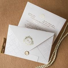 unique wedding invitations that is great Royal Wedding Invitation, Wedding Invitation Envelopes, Classic Wedding Invitations, Invitation Cards, Wedding Card Design, Wedding Cards, Wedding Details, Wedding Invatations, Wedding Entertainment