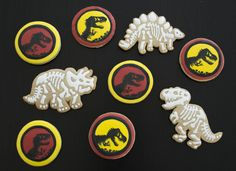 Jurassic Park Cookies | Piped & Painted  #cookies #blog #jurassicpark