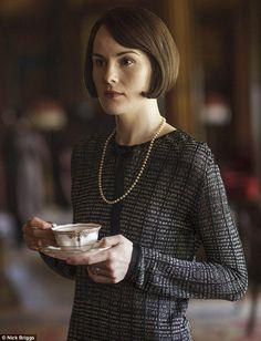 Resultado de imagem para mary crawley tea