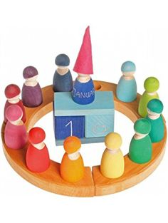 Grimm's Set of 12 Rainbow Friends Peg Dolls - Wooden Pretend Play People Figures with Storage Tray ❤ Grimm's Spiel and Holz Design
