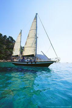 Sailing boat, sailing trip, Costa Brava, Province Girona, Catalonia.