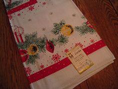 Vintage Christmas Tablecloth MWT