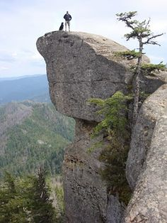 Perched high atop the Rogue River basin in southern OR, Hanging Rock defies the law of gravity, but oh what a thrill of a view!
