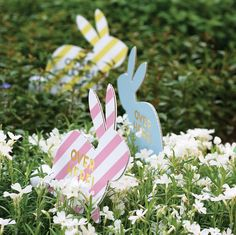 Easter Egg Hunt Kit..cute to put in yard when grandbabies looking for eggs.