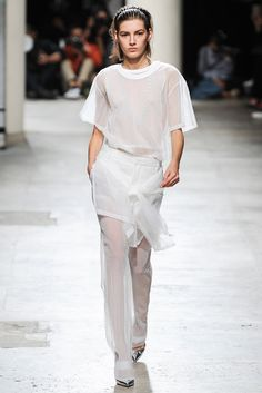 Barbara Bui Spring 2015 Ready-to-Wear - Collection - Gallery - Look 1 - Style.com