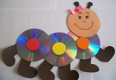 ME ENCANTÓ ESTA IDEA!!!! CREO QUE ES IDEAL PARA ADORNAR EL AULA.   DE MATERIAL VAIS A NECESITAR CDs Y GOMA EVA.