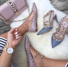 Fashion Handbags, Fashion Bags, Fashion Shoes, Valentino Clothing, Bvlgari Bags, Chloe Bag, Prada Bag, Louis Vuitton Handbags, Designer Shoes