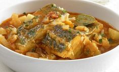 salt cod (bacalao) braised w/ vegetables Cooking Beets In Oven, Meat Cooking Times, Cooking Pasta, Shellfish Recipes, Seafood Recipes, Lunch Recipes, Cooking Recipes, Healthy Recipes, Healthy Food