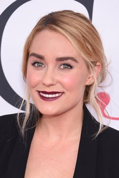 Lauren Conrad has solidified the vampy lip beauty trend for Summer 2016 at the CFDA awards.