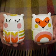 Adorable ceramics by Camila Prada White Plants, Piggy Bank, Owl, Pottery, Ceramics, Tableware, Prada, Inspiration, Beautiful
