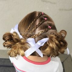 I did this style yesterday for Max's birthday party, it turned out so cute!!  3 mini braids crossed over a center part line up to messy piggy buns!  Click the link in my bio for my messy bun tutorial and my fav elastics/products to keep her hair smooth!  Style inspired by @little_princess_hairstyle!