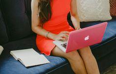 4 Creative LinkedIn Summaries to Attract Your Next Boss | Career Contessa