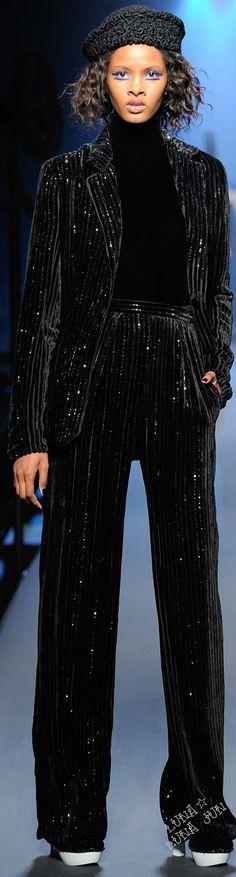 Jean Paul Gaultier Couture - F 15 Jean Paul Gaultier, Couture Fashion, Runway Fashion, Couture 2015, Couture Week, Fashion 2016, Unique Fashion, High Fashion, French Fashion Designers