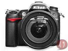 La cámara digital Nikon D7000 ofrece todas las posibilidades que puede tener un equipo réflex profesional.