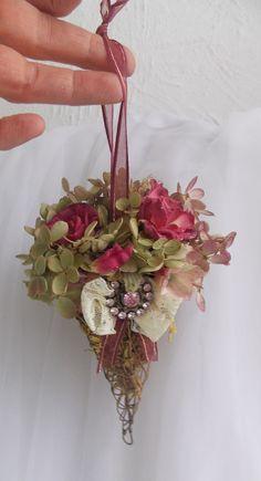 Dried silk arrangement Victorian Style rose ornament romantic