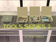 http://blueheavensims.blogspot.fr/2013/05/tools-series-2-cases.html