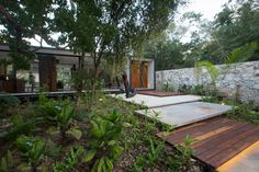 FGO/Arquitectura Designs the Contemporary House in Merida, interior Design Architecture Cool, Natural Architecture, Tropical Architecture, Landscape Design, Garden Design, House Design, Hard Landscaping Ideas, House Of The Rising Sun, Front Yard Design
