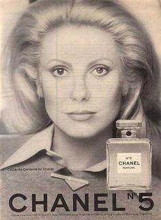Chanel No. 5 Perfume – Catherine Deneuve (1975)